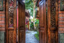 Doors & colors & views