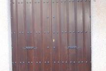 Portones de Madera / Portones de madera nuevos y restaurados, muebles, escaleras, techos, artesonados y mucho mas...