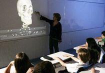 Tecnologia na sala de aula / O uso de novas tecnologias em sala de aula.