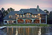 Luxury Lake Homes / High-end luxury lake homes.