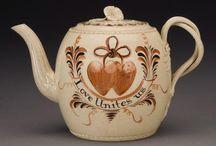 Tea & Coffee Time / Teapots, coffee pots, creams & sugars, cups & saucers