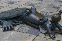 Sculpture-Art & Statues