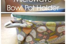 diy pot holders and kitchen gloves