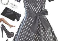 pin up ruhák