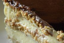 Mmmmmmmmm- desserts! / by Dianne Weidner Farmer
