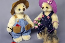 Miniature Bears & Friends