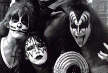 Kiss... / You want the best... You've got the best !