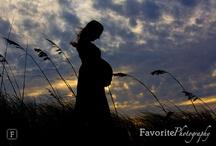 Maternity shoot ideas / by Girl Golden