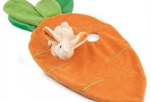 Knuffeldoekjes / Deze super leuke en unieke knuffeldoekjes zijn een ideaal kraamkado om te geven en om te krijgen. Te verkrijgen in diverse dierfiguren met ieder een bijpassend tutlapje. Met en zonder naamborduring