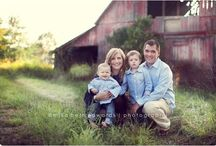 Family Photo Ideas For Ker / by Sharelle Wormald