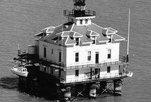 Lighthouses of San Francisco Bay / Lighthouses of San Francisco Bay and  nearby waterways.