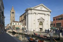 Chiesa di San Barnaba / The San Barnaba church is a religious building in the city of Venice lies in the campo of the same name, in the Dorsoduro district, not far from Ca 'Rezzonico and the Ponte dei Pugni.