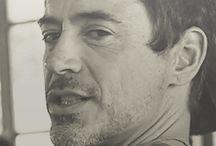 Robert Downey Jr (Gif)