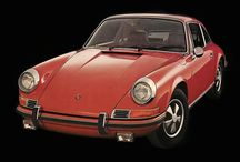 """Porsche 911 """"901"""" / El 911, sería pensado para reemplazar al ya desfasado Porsche 356, con el que Porsche había empezado su andadura como fabricante en 1948. La primera generación del 911 fue presentada el 12 de septiembre de 1963, con motivo del Salón del automóvil de Fráncfort.  http://motorhistoria.blogspot.com.es/2011/10/el-porsche-911-901-el-todo-atras.html"""