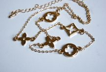 Biżuteria / Mnóstwo biżuterii