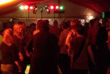 Oktoberfest in Berlin DJ Thorsten / Partystimmung in Berlin zum Oktoberfest mit DJ Thorsten - Nightfley Djing Berlin. Musik zum feiern, tanzen, schunkeln! Die richtigen Stimmungskracher für eine volle Tanzfläche! Von den Wiesenhits bis zu den aktuellen Pop Charts, hier wird gelacht und getanzt und DJ Thorsten sorgt für die richtige Stimmung auf dem Oktoberfest in Berlin. #oktoberfest #berlin #djberlin #deejay #discjockey #dj #party #nightfley