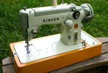 Vintage Sewing Machines, a Wishlist / by the curious kiwi