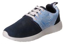 Mens Shoes / Step in with style and opt for the most astonishing range of footwear for men.