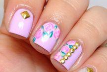 Cute nails / Uñas y uñas