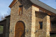 Interesting Traditional Buildings / Wineries, courthouses, restaurants, historical places and more.