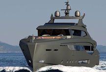Luxuy boats