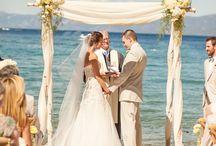 Strand bruiloft / bruiloft op het strand, ideeën tips en bruidsjurken voor een strand huwelijk