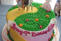 Birthday Parties / by Kendra Giaculli