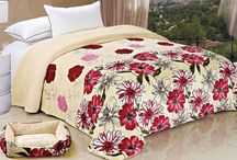 Applique Bed Blankets with Matching Dog Bed. / Great double flannel blankets and pattern styles with matching dog bed.
