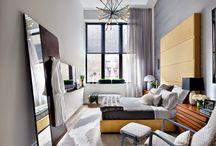 Quartos de Casal | Master Bedroom / Nosso quarto de casal é quase que um oásis no deserto; um lugar especial em que cada um gosta de estar à vontade. #decoraçãoquartodecasal