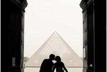 Paris / Louve Eiffel Tower Place des Vosges Montmartre