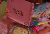 Princess Parable Readers / Princesses around the world, reading about their favorite princesses!
