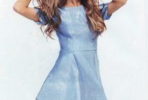 Ariana Grande / I really like her she my favourite singer!