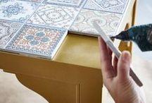 mesa com azulejo