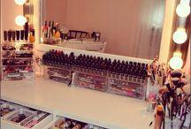 Penyimpanan makeup