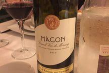 Drinking wine around the world / Wine