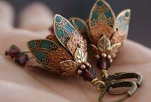 Amazing Jewelry / Beautiful jewelry that I love.