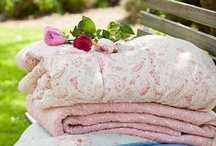 Shabby Chic Quilts / Beautiful Quilts in a Shabby Chic style!