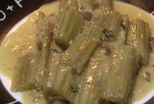 24 Cardos en salsa de almendras