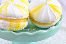 Desserts : Cream puffs, meringues, financiers & other cake/cookie bites