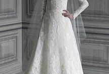 Volume de vestidos que gosto / A proposta desta pasta é pensar no volume. Criada em separados pois determinados elementos dos vestidos que estão aqui não me agradam.