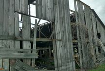 Barn Dismantling / Barns and buildings we take down