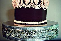 Lambeth Method cakes