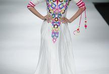 Is this Kaftan ??? waw.. Muslim Fashion Trend !!!