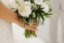 Destination wedding: Santorini