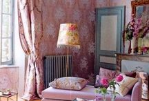 The New Romantics / We're feeling the love in these romantic spaces.