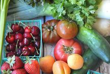 organic fruits and vegetables / produce