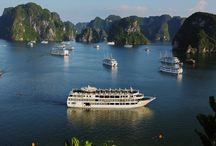 Starlight cruises - best luxury cruises / Starlight Cruise is a truly remarkable ship as she offers the luxury of more spaces than any other cruise ship on Halong Bay as well as features elegantly decorated cabins and public areas. The ship's 32 spacious staterooms feature all the high-end amenities of a five-star hotel of international standard.