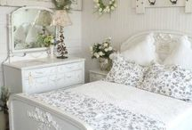 Bedroom ideas / by Deb Davis
