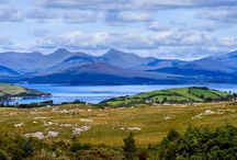 Travelling to Ireland / Traveling to Ireland is one of my big bucket list items.  I want to visit the towns and cities of my ancestors and explore the best things to do and see in Ireland