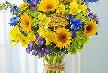 Flowers / by Beverly Nulik